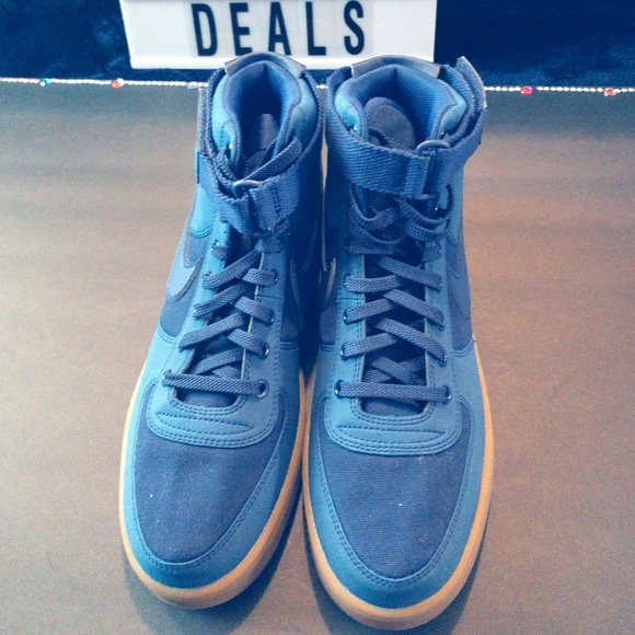 best service b7d83 9aaa7 NIKE AIR FORCE 1 HIGH BLUE SUEDE GUM (NWOT)